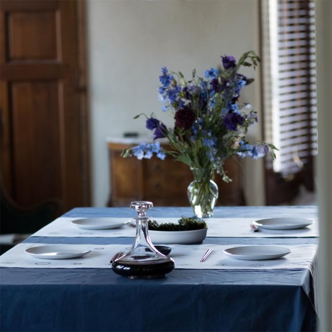 Navy-blue-pure-linen-tablecloth