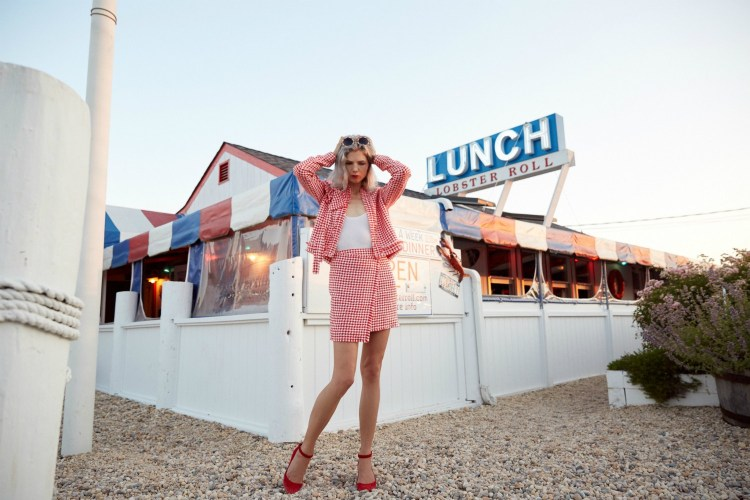 The-Lobster-Roll-Montauk-Samantha-Angelo-The-Eye-Travels-Hamptons-Jatual-Paris-Pared-Sunglasses-Gianvito-Rossi-Tribe-Kelley-Nancy-Gonzalez-Montauk-Highway.JPG-5.JPG