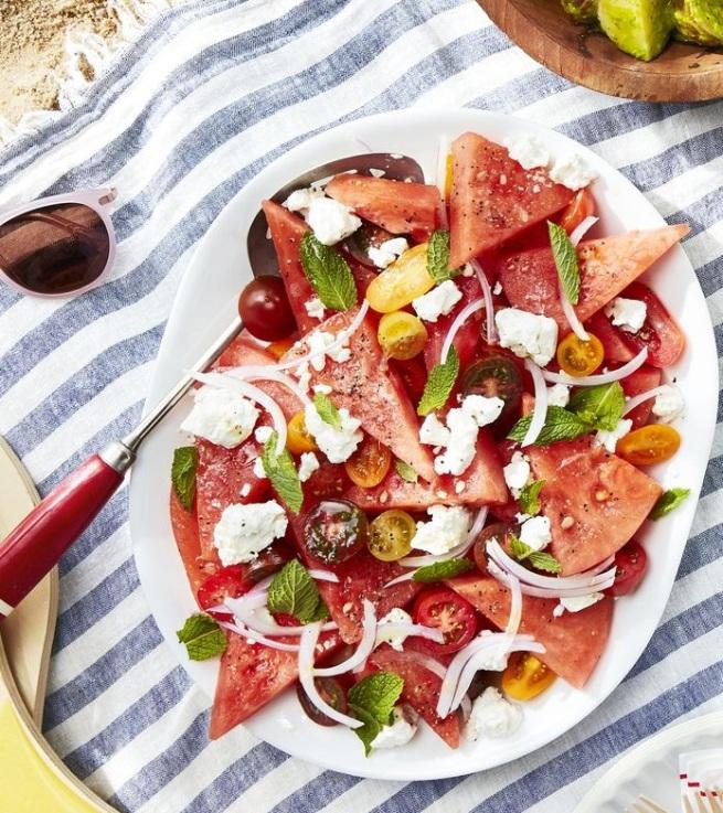 watermelon-tomato-feta-salad-1558468720