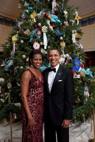 2F0FAF6300000578-3345105-Good_looking_pair_President_Barack_Obama_and_First_Lady_Michelle-a-10_1449252277259Michelle